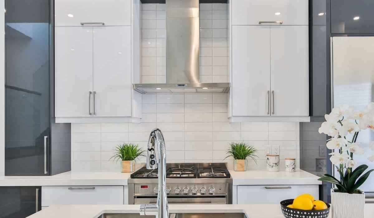 Best kitchen chimneys india